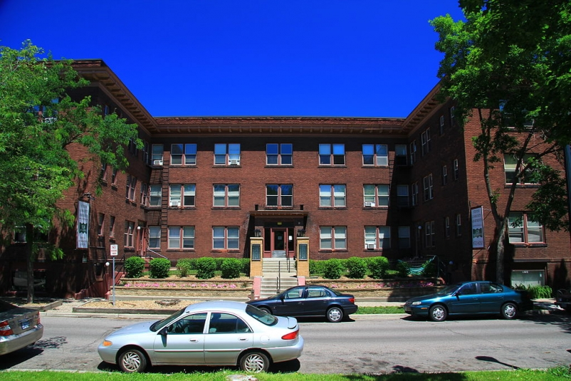 Minneapolis relaxes parking requirements on new multifamily buildings