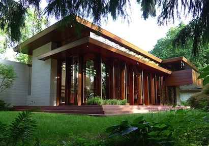 This Usonian house will be moved to Arkansas to prevent flood damage. Images: Ta