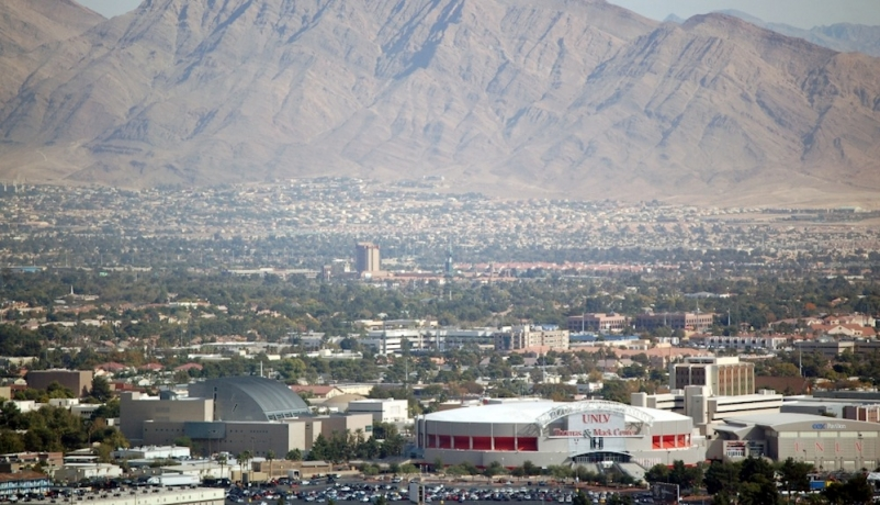 Billion-dollar dome in Las Vegas could be the Oakland Raiders next home