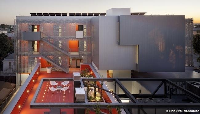 28th Street Apartments, Los Angeles; Koning Eizenberg Architects. Photo:  Eric