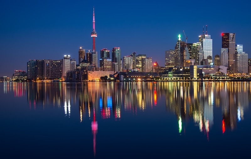 The Toronto skyline at night