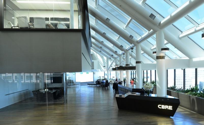 CBREu0027s Bold Experiment: 200 Person Office With No Assigned Desks [slideshow]