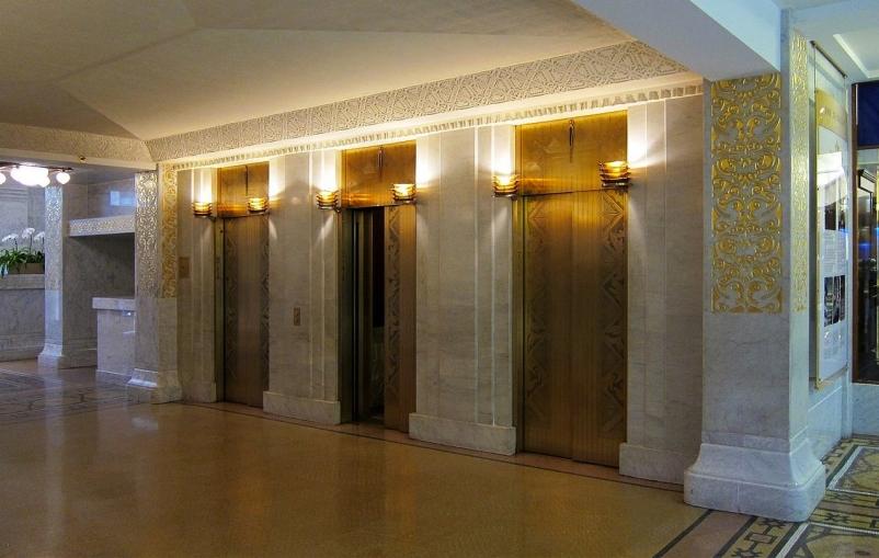 An glass elevator