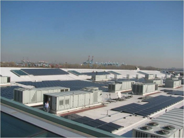The project is comprised of more than 15,000 high efficiency SunPower panels, an