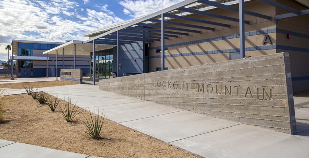 Lookout Mountain Elementary School, Phoenix, Ariz. Photo: courtesy Adolfson & Pe