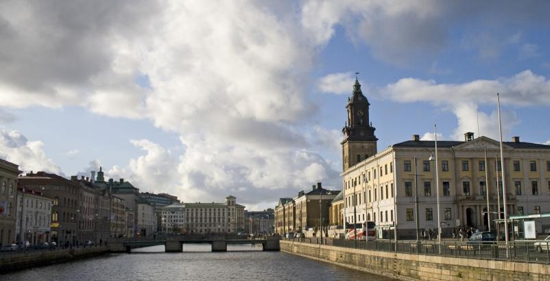 Office building in sweden earns leed platinum building for Amazon sweden office