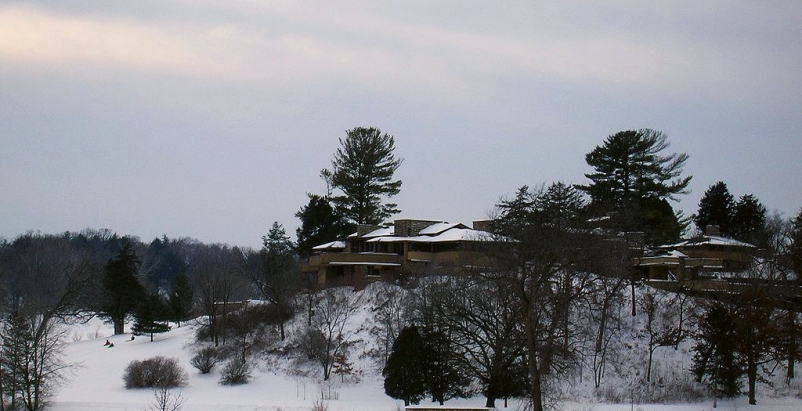 Taliesin, Frank Lloyd Wright School at risk of losing accreditation