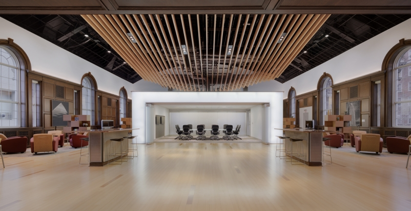 This free-form floating ceiling uses aluminum to add drama to healthcare think t