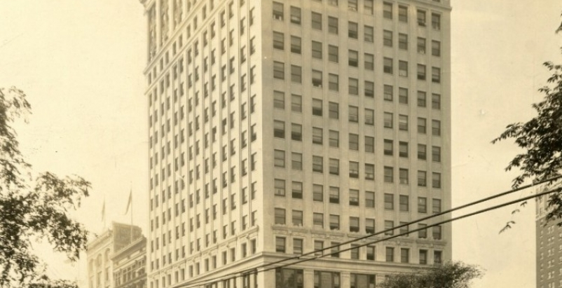 Whitney Building, early 1900s, courtesy Historic Detroit.org