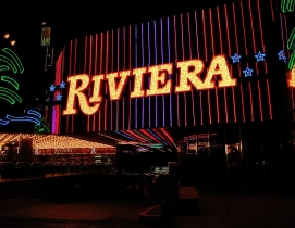 Plan to demolish historic Riviera Hotel & Casino approved by Las Vegas tourism board