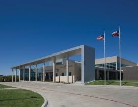 The $29 million Lady Bird Johnson Middle School, in Irving, Texas, isat 152,000