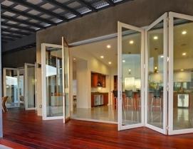 LaCantina Doors receives Houzzs 2013 'Best of Remodeling' Customer Satisfaction