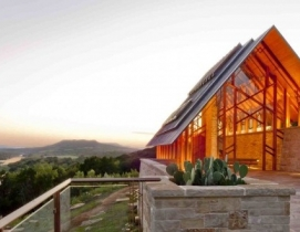 8 eye-popping wood building projects